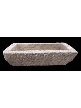 Mangiatoia in pietra della Toscana rettangolare