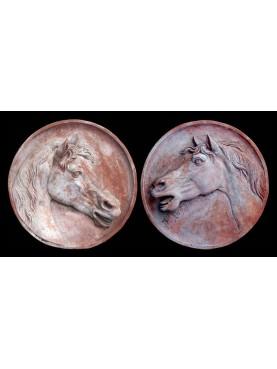 Coppia di tondi con Cavallo in Terracotta