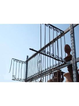 Balconcino con disegno settecentesco