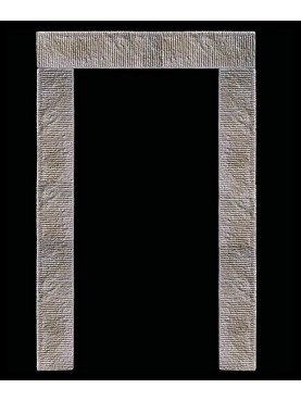 Grande portale in pietra serena ricostruita