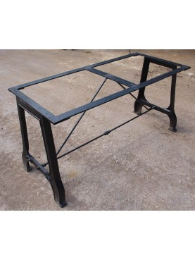Base per tavolo in ghisa