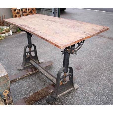 Tavolo in ferro e legno - Recuperando