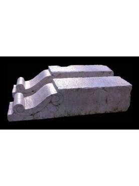 Mensole in pietra calcarea