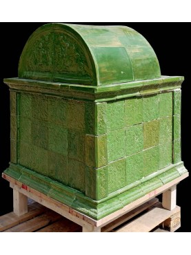 Tyrolean stove in Majolica