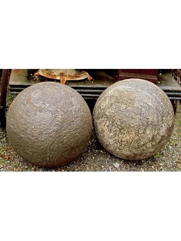 Sfera in pietra Ø50cm Bocciardata e non patinata
