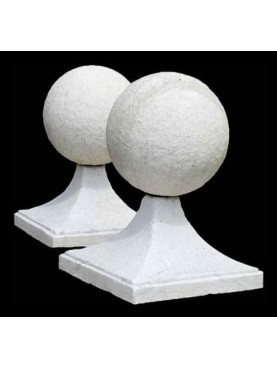 Two marble spheres Ø20cms
