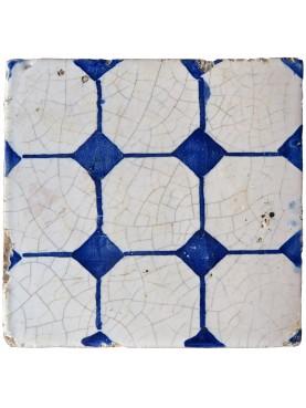 Antica piastrella maiolicata