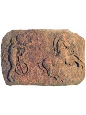 Bassorilievo in terracotta biga
