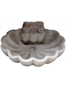 Lavandino a Conchiglia in marmo bianco di Carrara