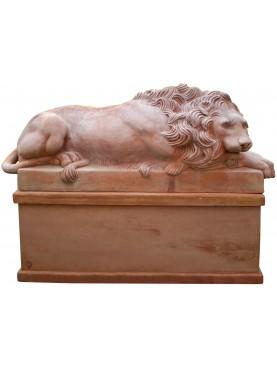 Canova terracotta lions with base