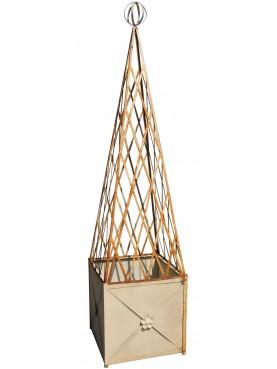 Fioriera quadrata con piramide
