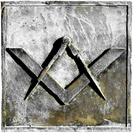 Simbolo Massonico in pietra calcarea