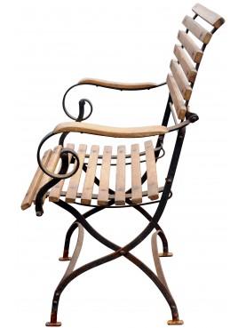 La poltroncina di Sergio ferro e legno