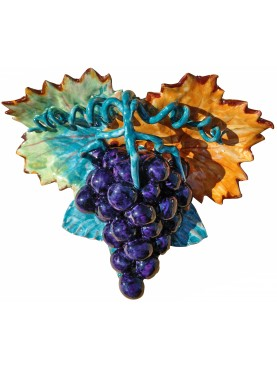 Black grapes with leafs