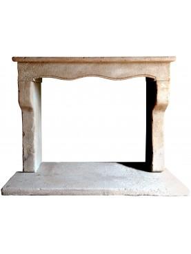 Camino Marchisio in stile francese pietra calcarea
