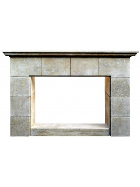 Limestone blocks fireplace Castiglion del Bosco
