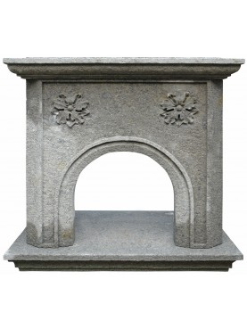 Franklin fireplace in refractory lava stone