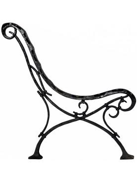 Gambe di antica panchina in ghisa