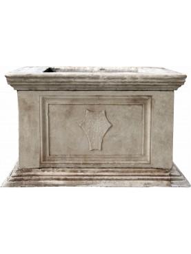 Grande pozzo quadro di Piombino in marmo bianco di Carrara