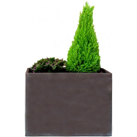Very Hig rectangular vase