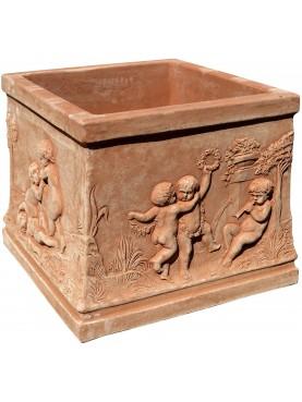 Cassetta quadrata in terracotta dell'Impruneta con Puttini