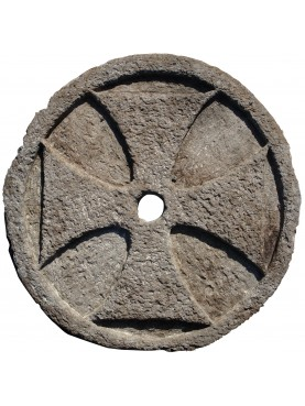 Croce Templare pietra forata