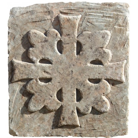 Trasversal Stone Templar Cross