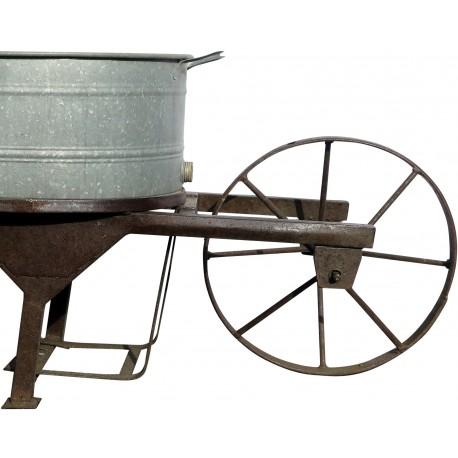 Carriola in ferro con contenitore baignoire in zinco