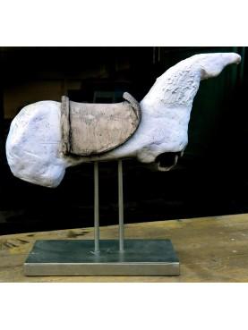 Cavallo, scultura in terracotta di Antonietta Capecchi