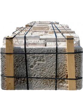 Pavimento Pietra calcarea ns produzione da esterno subbiata
