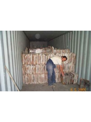 Container length 40 foot with roof tiles