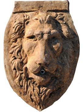Testa di Leone mascherone in pietra ocra francese