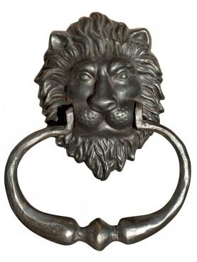 Maniglione battiporta con testa di leone ghisa