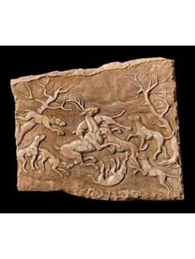 Grande bassorilievo con scena di caccia al Cervo