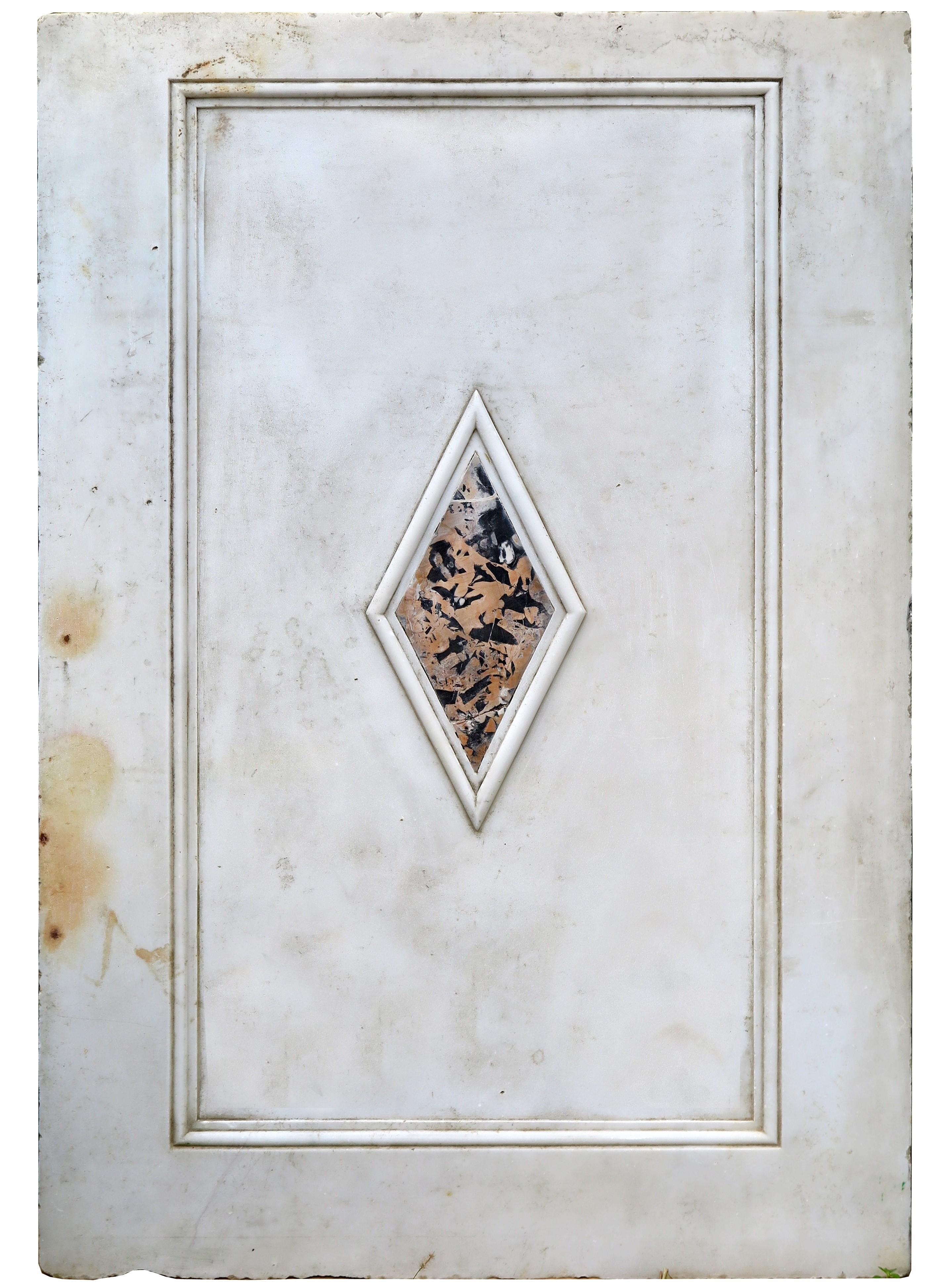Mensole In Marmo Per Termosifoni pannello di marmo bianco intarsiato con marmo portoro - recuperando