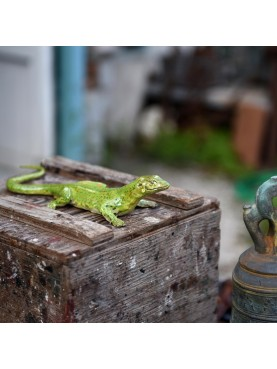 European green lizard - beautiful hand-made artefact