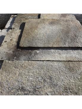 Pavimento in beola spessore molto fine opera incerta