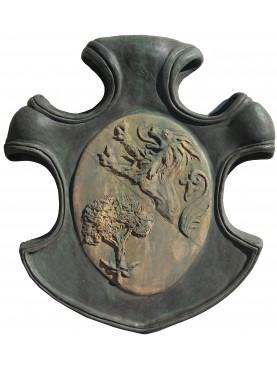 Stemma nobiliare in terracotta - albero e leone rampante