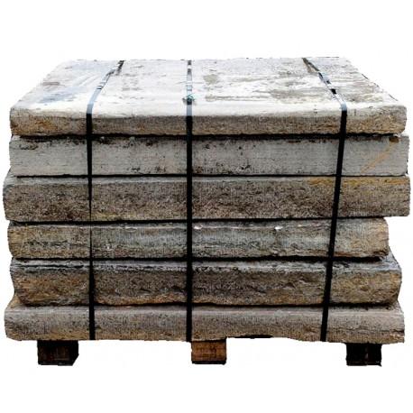 Grandi pietre calcaree - soglie antiche - lastre di pietra