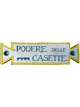 Targa identificativa in maiolica di un podere (Casa colonica) in Toscana