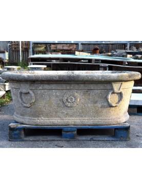 Vasca impero in pietra bifacciale con anelli
