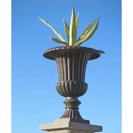 Vaso mediceo baccellato in ghisa ornamentale