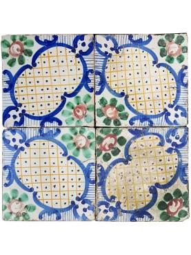 Piastrella di maiolica Giustiniani antica