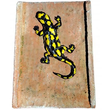 Salamandra su tegolo antico