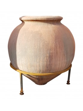 Reproduction of a terracotta Roman Dolium