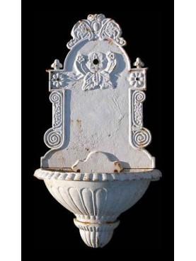 Fontanella in Ghisa da muro