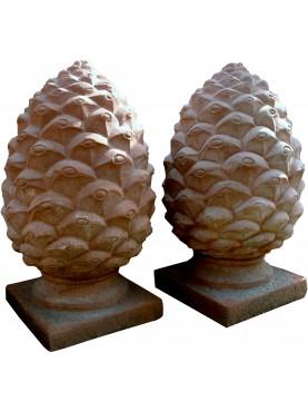 Big roman pine cones H.60cms