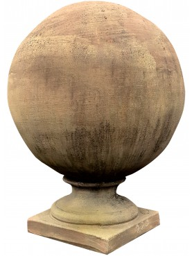 Terracotta sphere with base Ø37cms