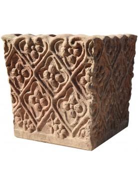 Piccola Cassetta in terracotta quadrata con motivi ornamentali