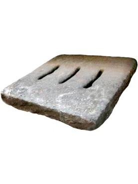 Caditoie in pietra serena antiche